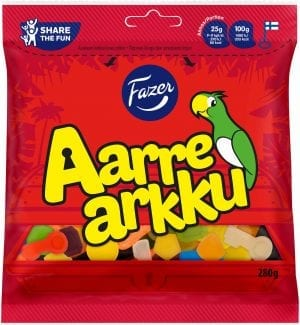 aarrearkku treasure chest family size candy bag